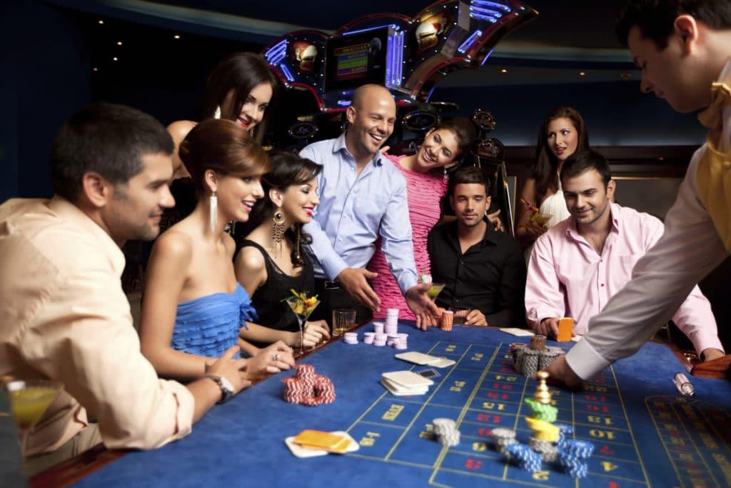 casinos near mystic